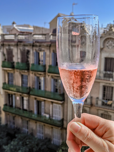 Rose bubbly to welcome us to Barcelona at the Corner Hotel in Eixample