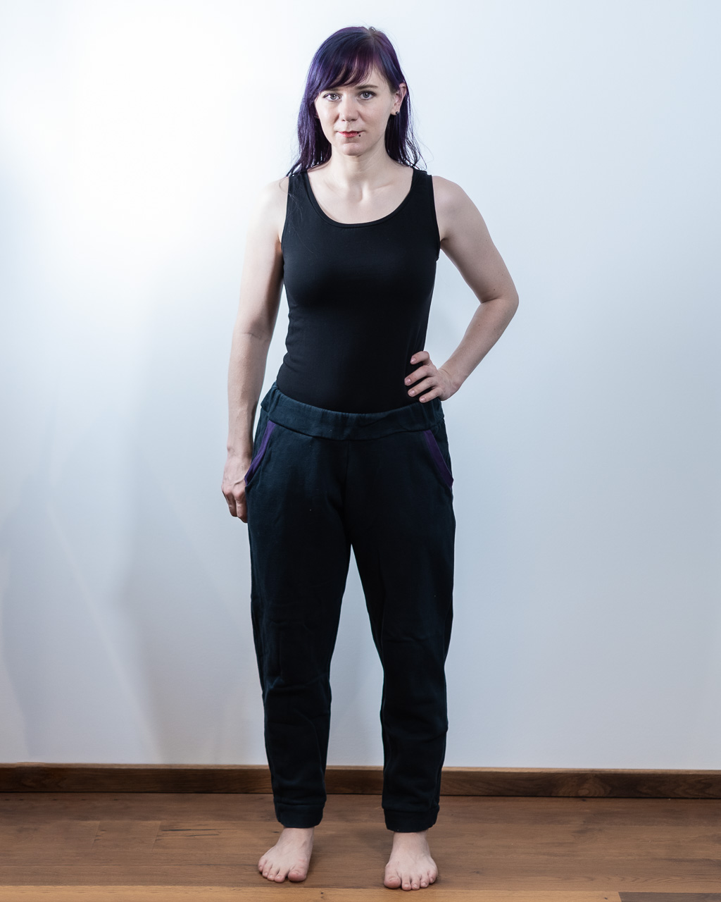Minn's Things Hudson Pant sewing pattern true bias diy selfmade joggers review front view