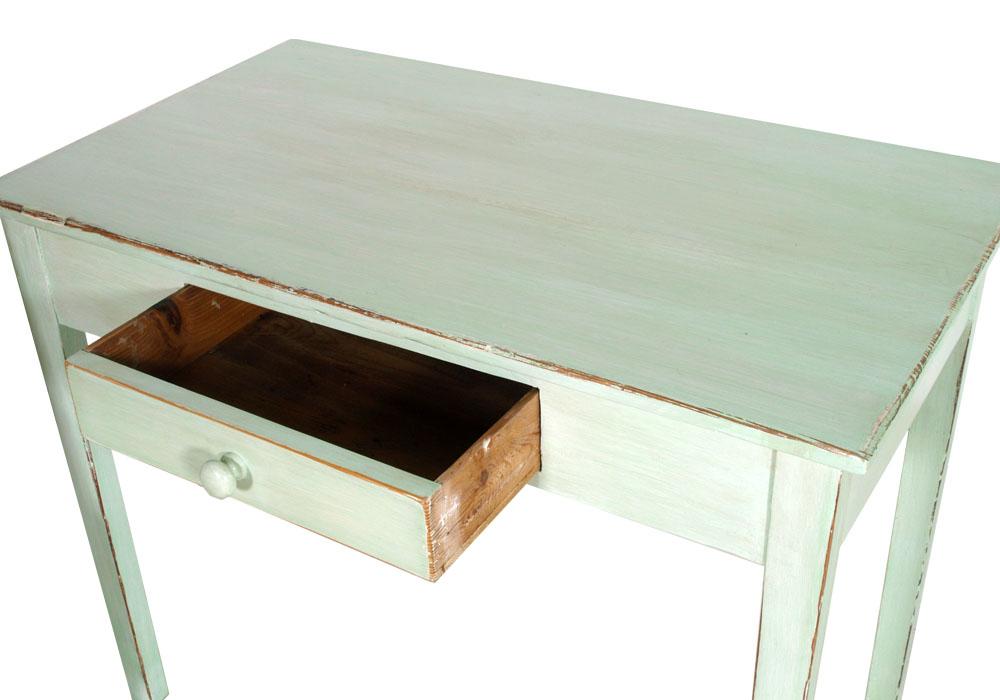 Studio shabby chic decapato scrittoio sedia libreria verde for Decorazioni da scrivania