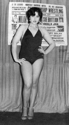 Ana Marie Martinez - uk pro lady wrestlers
