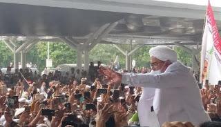 Pengamat: Rezim Jokowi Punya Target Memasukkan HRS ke Penjara