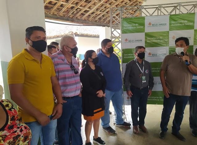 Vereador Autarquia participa do primeiro CRAS Volante no distrito de Xucuru, zona rural de Belo Jardim, PE