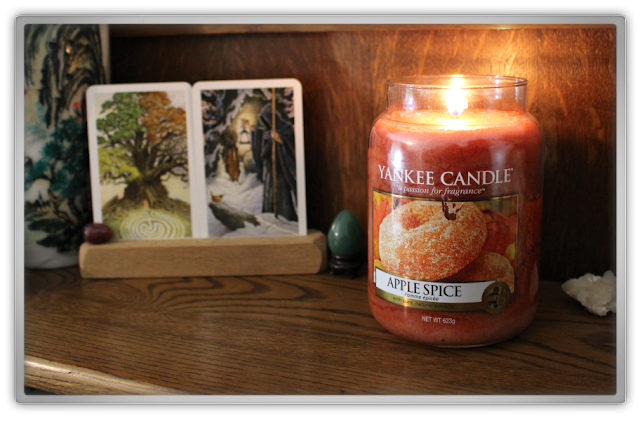 Yankee Candle haul review Autumn daily large jar apple spice cider pie epic wildwood tarot