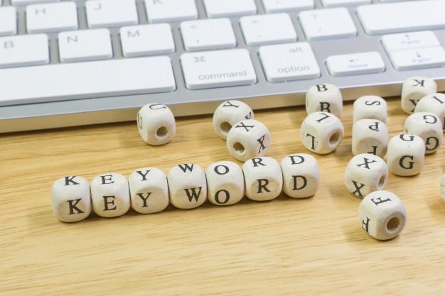 menggunakan keyword dalam seo