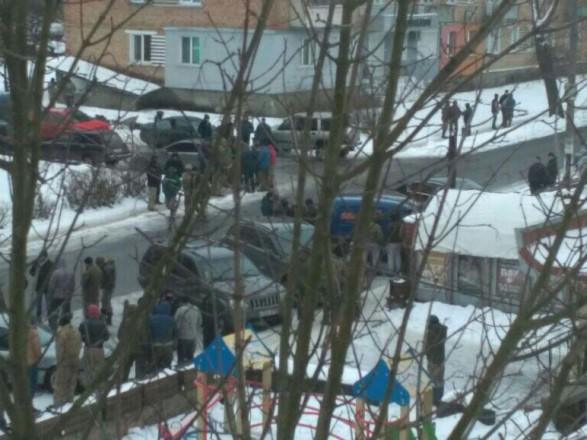 В Ровенской области около 200 добытчиков янтаря напали на полицейских