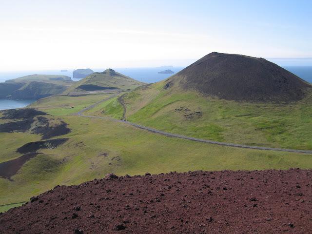 Đảo núi lửa Surtsey – Cấm địa kỳ bí của giới khoa học ngoài khơi Iceland