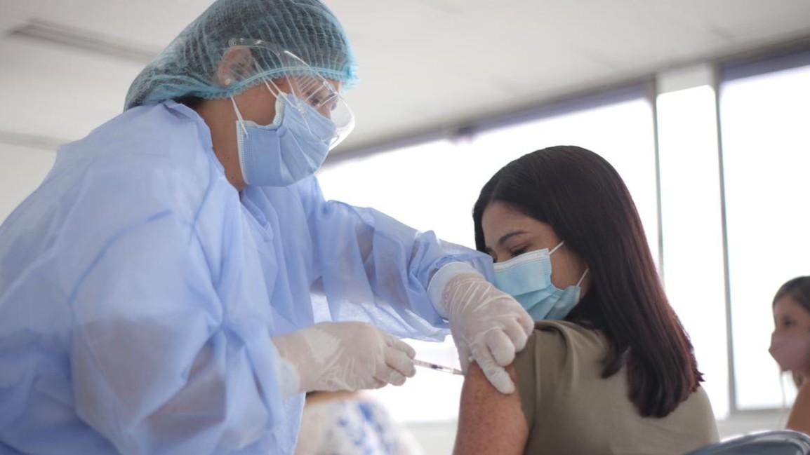 Secretaría de Salud aclara rumores de exigencia de certificado de vacuna covid para salir de la ciudad o ingresar a colegios y universidades