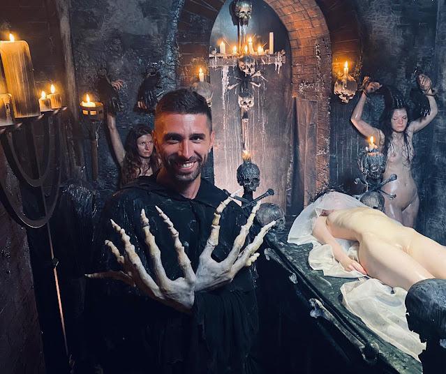 Un culto satánico en la nueva película Horror Porn [Imágenes]