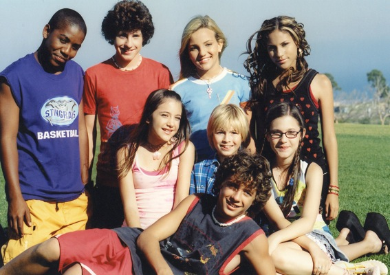 Nickalive Is There A Zoey 101 Reunion In The Works