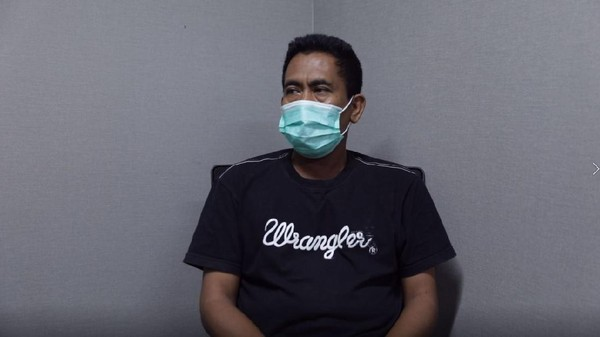 Polisi Geledah Rumah Ketua KAMI Medan Tersangka Picu Ricuh Demo Omnibus Law