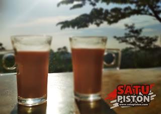 Vila Kaca di Cikalong Wetan Bandung Barat, Spot Eksotis nan Instragamnable