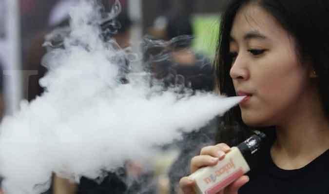 Vape vs Rokok Konvensional, Mana yang Lebih Berbahaya