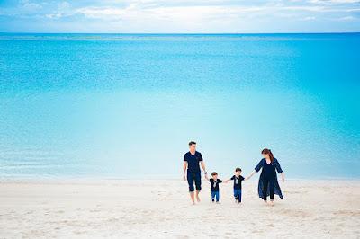沖縄 家族写真 ビーチ