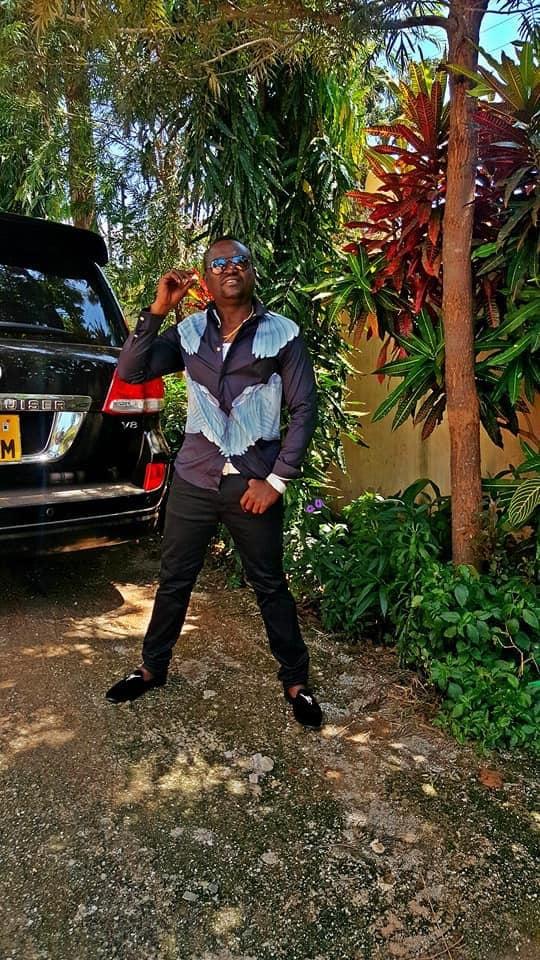 Jack%2B1 - SHAME! A Kisumu paedophile called JACK who drives a Toyota V8 KCE 535M preying on under-age girls, I caught him red handed(VIDEO)