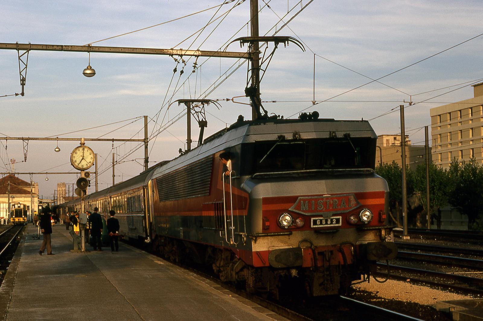 Rencontre Sexe Chatillon (92320), Trouves Ton Plan Cul Sur Gare Aux Coquines