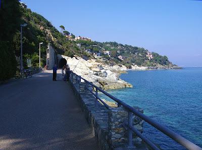 Percorsi e piste ciclabili in provincia di Genova e Savona