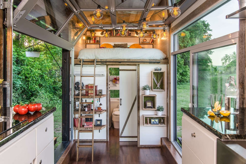 10-New-Frontier-Tiny-Homes-Architecture-with-Tiny-Houses-on-Wheels-www-designstack-co