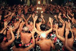 Fungsi Tari Kecak Bagi Masyarakat Bali