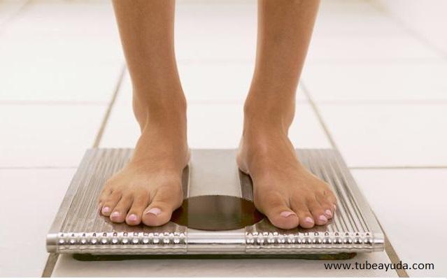 Para las personas que desean perder peso pero no pueden soportar la tentación de la comida y no quieren hacer ejercicio