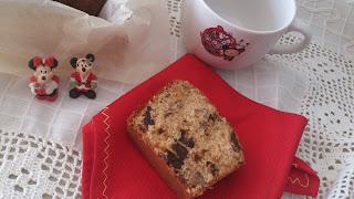 bizcocho navideño especiado frutos secos pasas uvas ciruelas fruta escarchada confitada arándanos horno desayuno postre merienda cuca receta