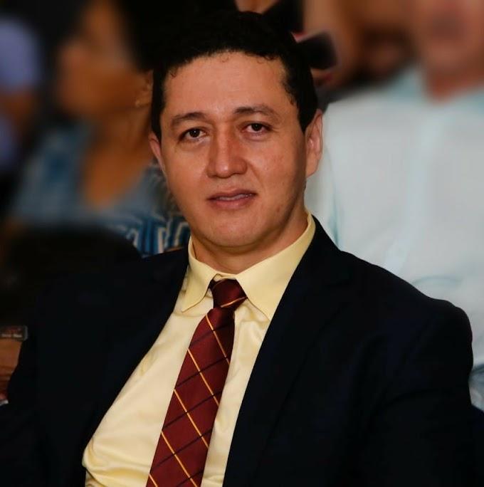 Juiz suspende processo de cassação do prefeito de Juazeiro do Norte