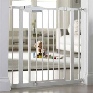 hire stair gate bali, rent stair gate bali, sewa pagar tangga bali, rental pagar pintu bali, hire safety gate bali