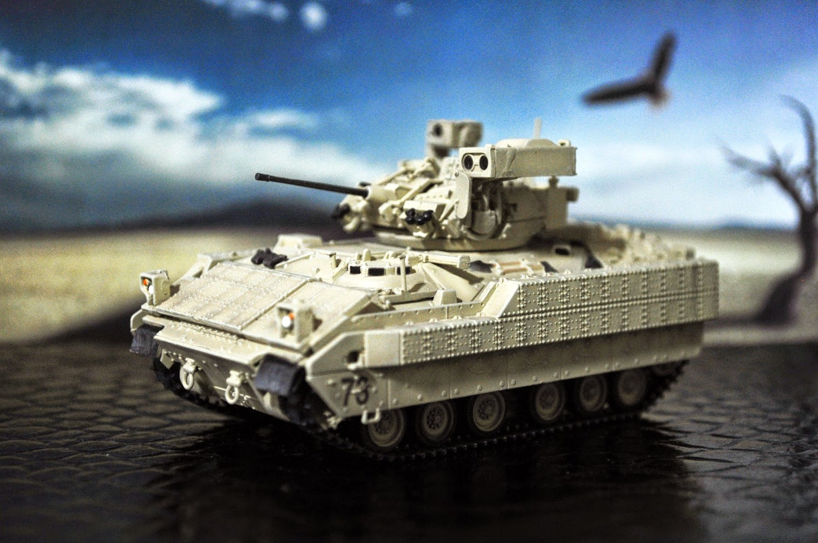 Toy Construct: The M2A3 Bradley