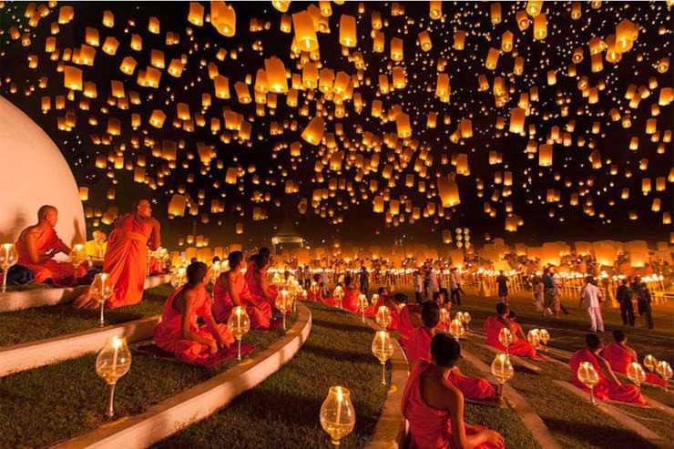 2. Yi Peng Lantern Festival, Thailand - 29 Colorful Festivals and Celebrations Around the World