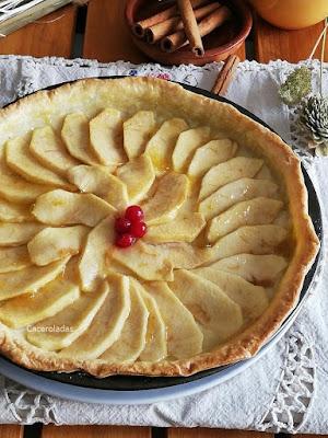 Tarta de manzana con crema pastelera y masa quebrada