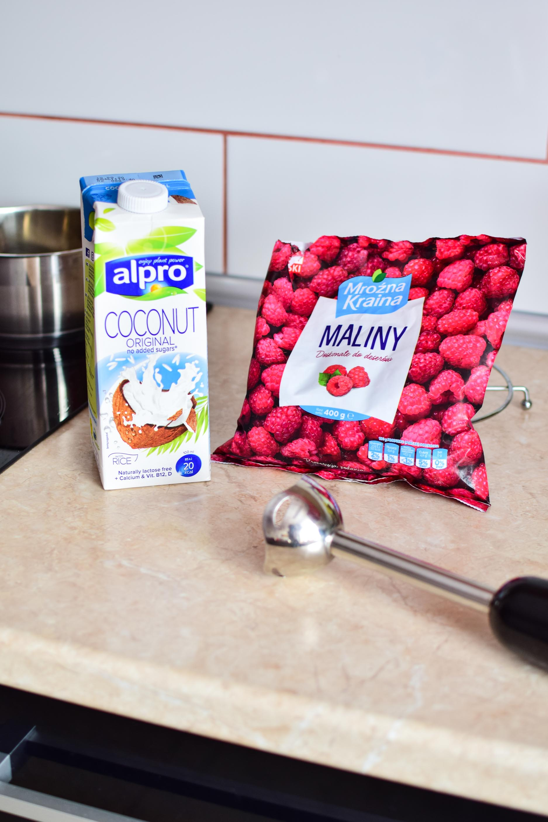 dalgona_coffee_kaw_po_koreańsku_przepis_blog_maliny