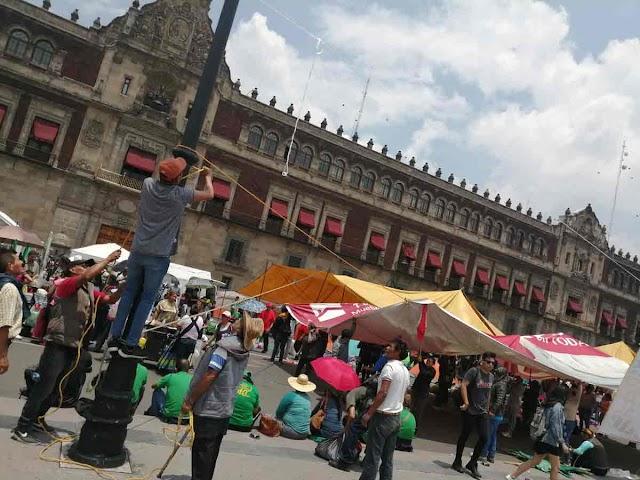 Plantón de campesinos  en Zócalo ¡