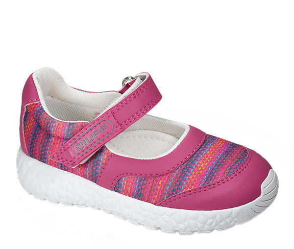 Sandalias de verano para niñas 2018.