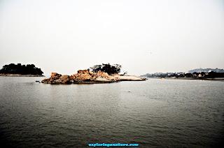 Island Near Umananda Island