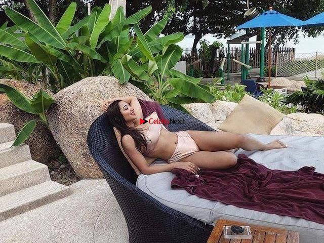 Twinkle Govindani Stunning Indian Instagram Model in Bikinil 001.jpg