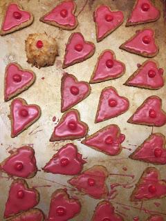 One gluten-free cookie