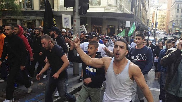 muslim riots sydney 2013 gmc - photo#5