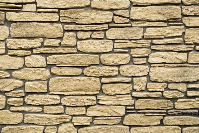 texture muro in pietra chiara