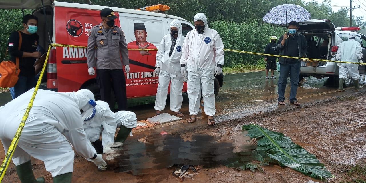 Warga Temukan Jasad Pria di Jalan Lintas Sabak-Jambi Zone V