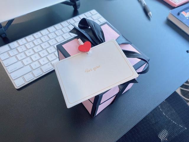 black pink box
