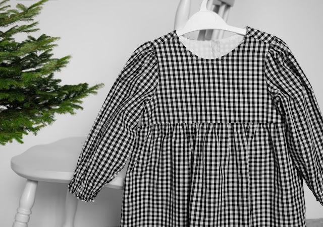 świąteczna sukienka w kratkę DIY