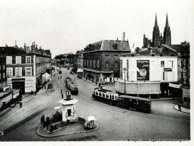 Photo ancienne de Clermont-Ferrand  place Gaillard