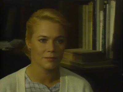 Julia - Kathleen Turner