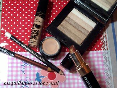 Shimmer y barra de labios bobbi brown, primer de Essence, corrector de Catrice y Lapices de Maybelline