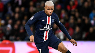 PSG offer Mbappe a 5-year contract worth €32m per year amid Madrid links