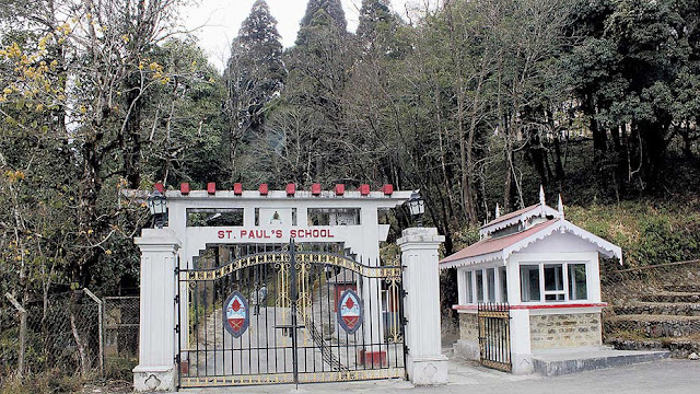 arents of students staying at hostels in Darjeeling schools are in a dilemma