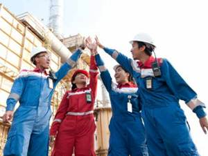 PT Pertamina (Persero) - Recruitment Analyst, Engineer, Officer Pertamina August 2017