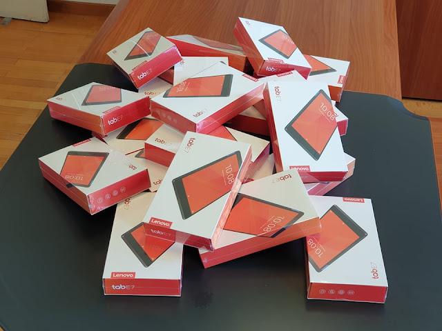 Ξεκίνησε η παράδοση των tablets στους μαθητές των σχολικών μονάδων του Δήμου Ναυπλιέων