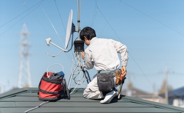 how to find best tv aerial installer top television satellite antenna rooftop
