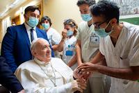 papa-francisco-sale-hospital