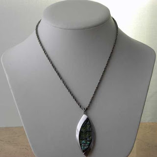 Oval shaped abalone necklace by Exquisite